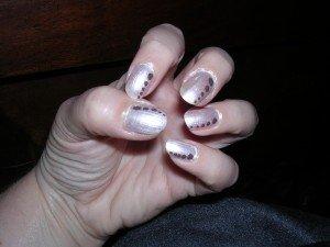 Mes débuts en marron et blanc dans Nail art de mes débuts dscn3588-300x225