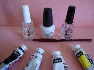 Coquelicots sur fond blanc dans Nail art en général dsc03790-300x225