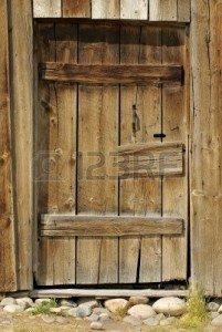 10437772-porte-en-bois-rustique-barn